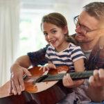 Waar kan je gratis gitaar leren spelen?